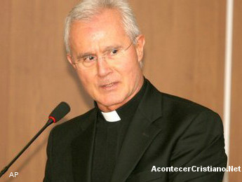 Monseñor Nuncio Scarano acusado de malversación de fondos