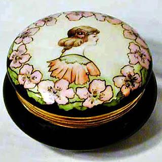 Handpainted Porcelain Powder Box, T and V Limoges France