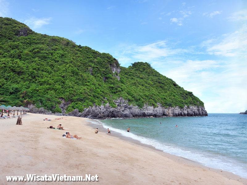 Pantai Cat Ba, Hai Phong