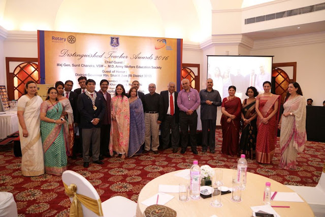 The Rotary Club of Capital City New Delhi honours teachers