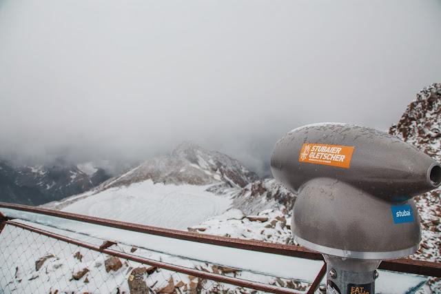 Stubaital - Vom Eisjoch zur Dresdner Hütte Gletscherpfad und Gletscherweg  Wanderung-Stubaital  Wandern-Tirol 01