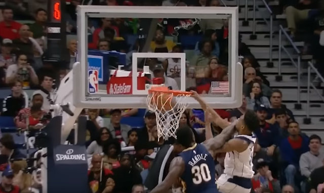 Dennis Smith Jr. NBA slam dunk