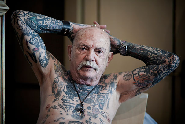 tattooed-elderly-people-20