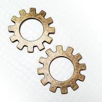 http://scrapkowo.pl/shop,zawieszka-zebatki-xl-antyczne-zloto-25cm,6649.html