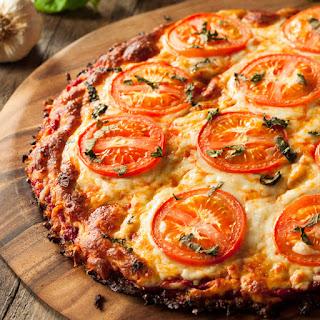 Cara membuat pizza american favorite yang disukai anak-anak
