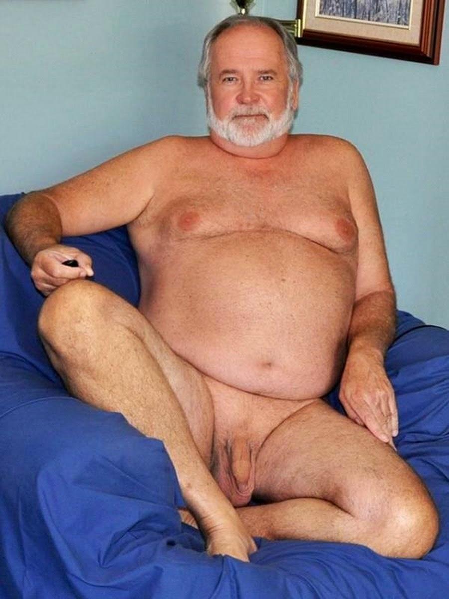 голый толстый дед
