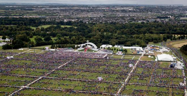 Crowds for Phoenix Park Mass fall well below expected level of 500,000