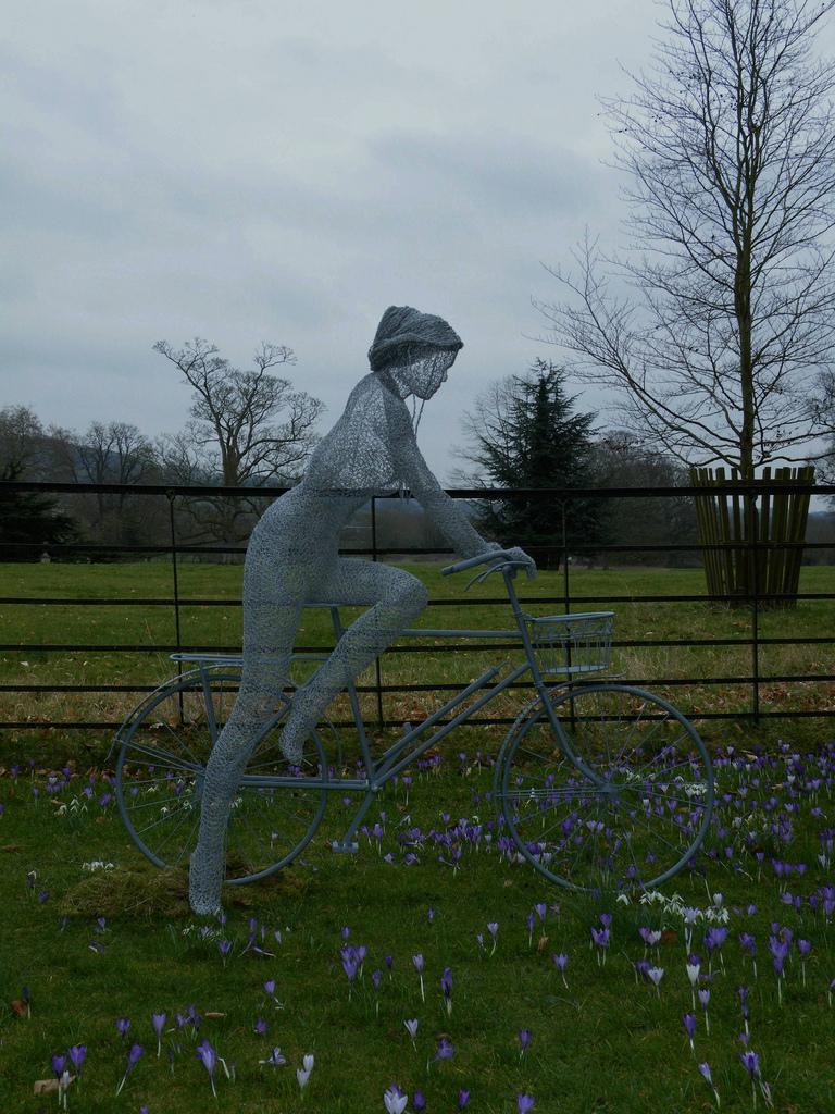 Derek Kinzett, 1966 ~ Wire sculptor | Tutt\'Art@ | Pittura • Scultura ...