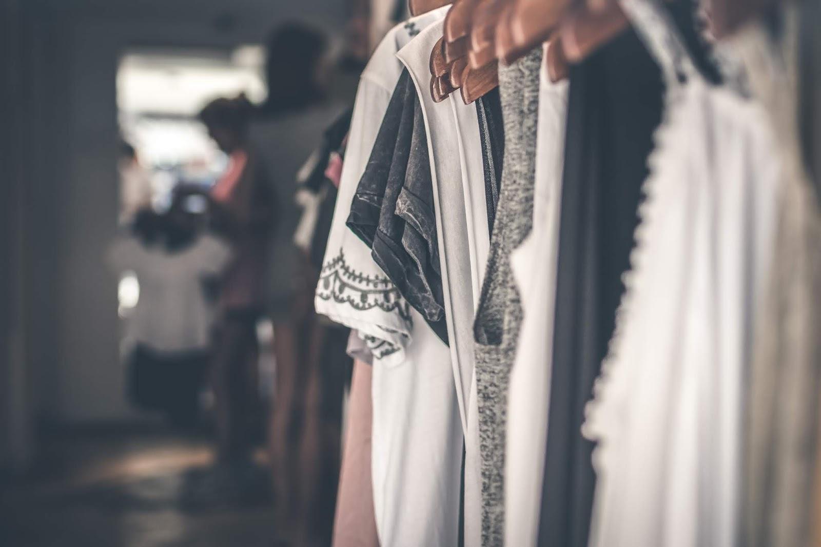 Co nosić w ciąży jak i po niej czyli moda ciążowa plus size