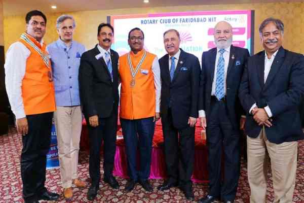 sunil-Mangla-elected-the-new-chief-of-rotary-club-of-faridabad