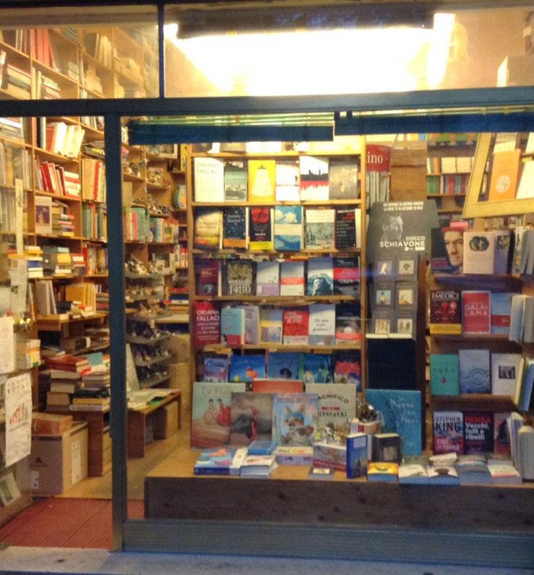 La Libreria Tilopa promuove Manzini, Sellerio