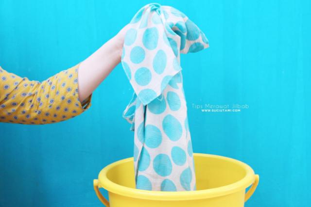 Cara Merawat Pakaian Saat Mencuci