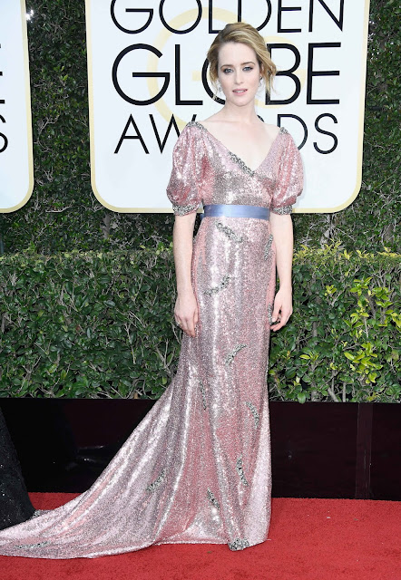 red carpet, golden globes, claire foy, sparkles