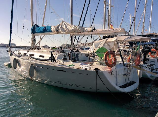 la barca che ci ha fatto scoprire le bellezze di Ibiza e Formentera