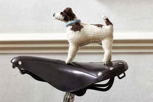 06-Jack-Russell-Hound-Muir-and-Osborne-Knitted-Dogs-www-designstack-co