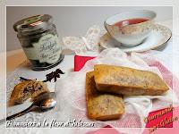http://gourmandesansgluten.blogspot.fr/2014/07/financiers-la-fleur-dhibiscus.html