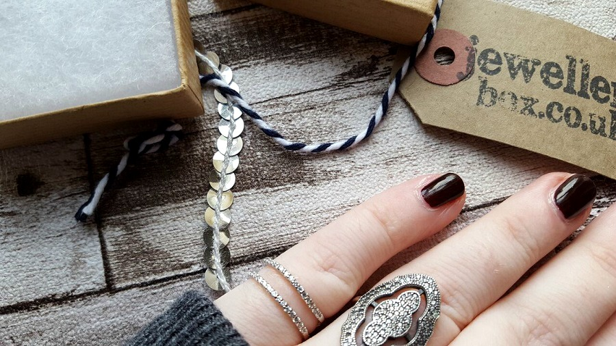 Jewellery Box, Delicate rings, Small Hands rings, The Style Guide Blog