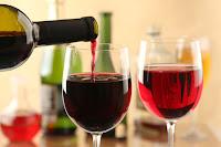 Κίνδυνος άνοιας για όσους δεν πίνουν κρασί