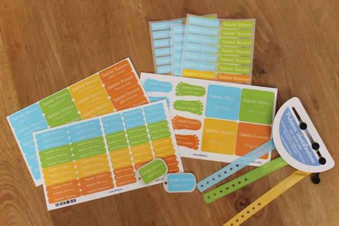 packs de etiquetas y pulseras identificativas - Stikets