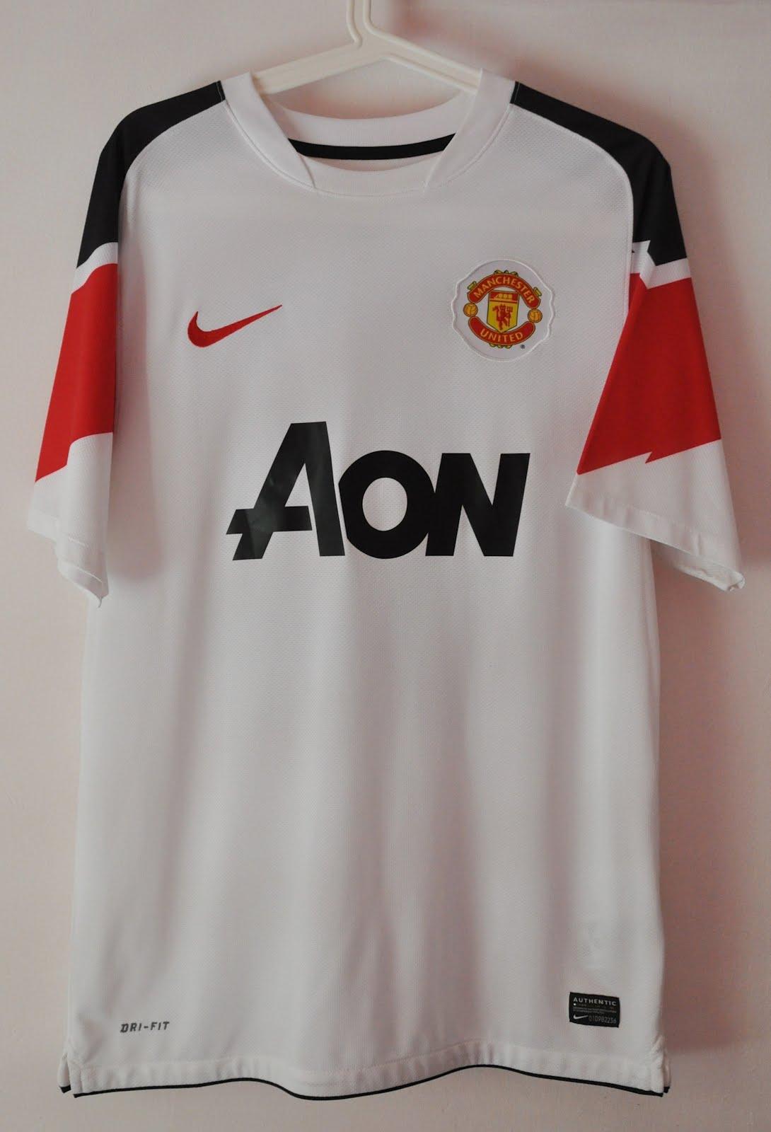 huge discount 2a661 60568 DAUS REDSCARZ: Manchester United 2010-2011 Away Kit ...