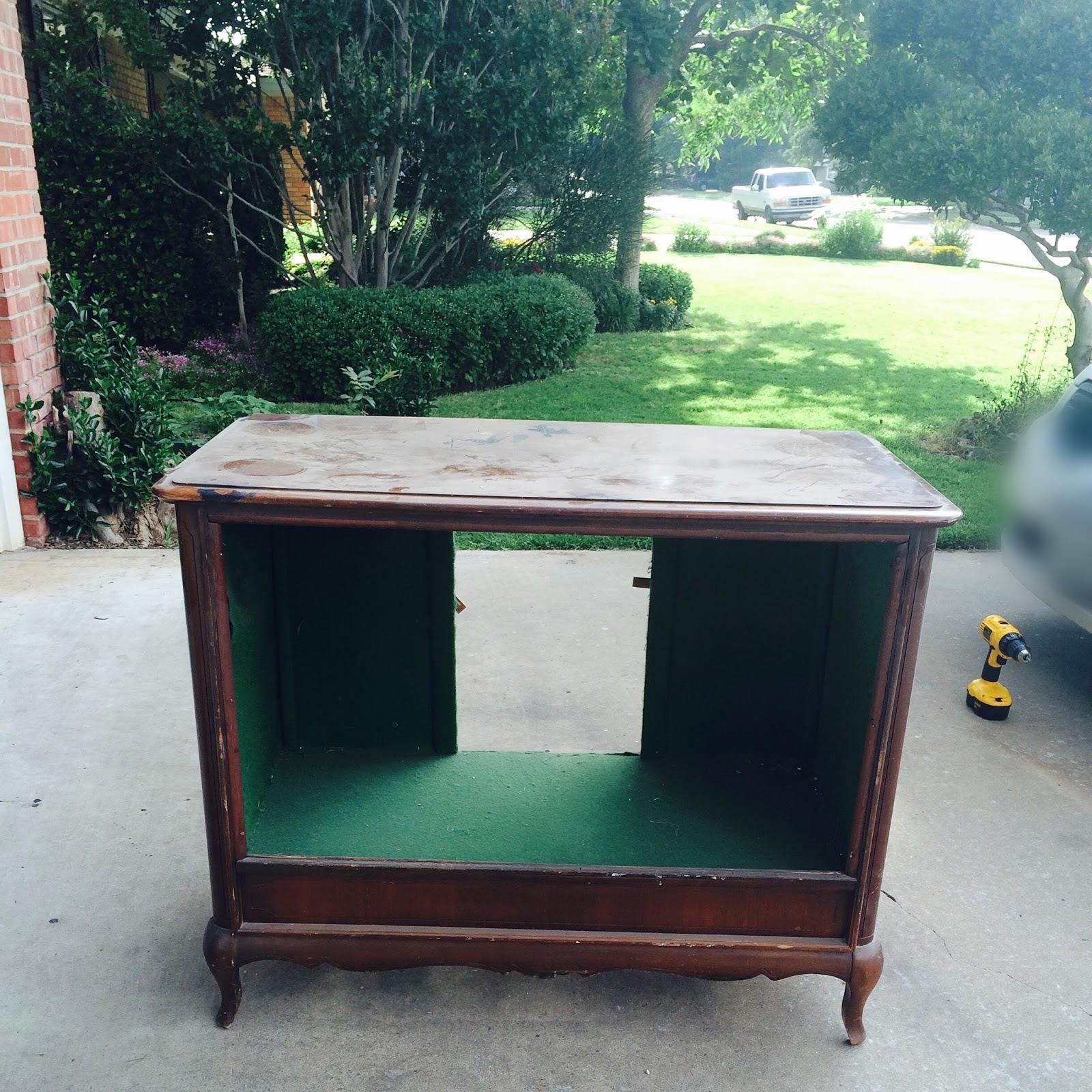 The Peacock Door: Repurpose: TV to Console Cabinet