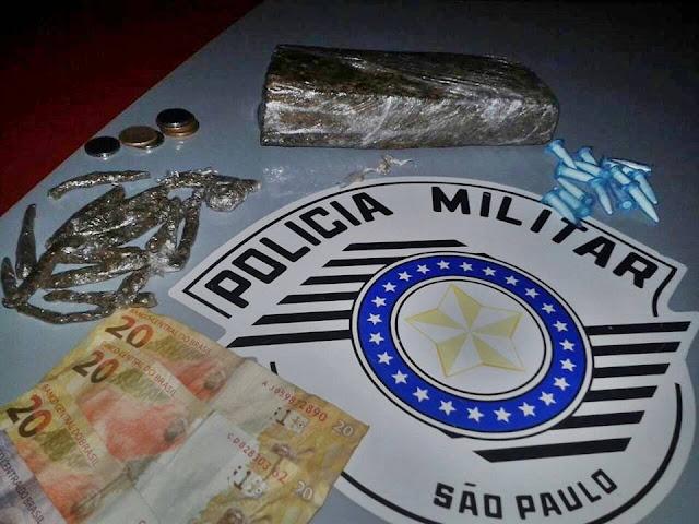 POLÍCIA MILITAR APREENDE TIJOLO DE MACONHA EM PARIQUERA-AÇU