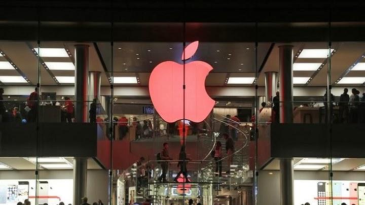Apple Getting a New Finance Steward