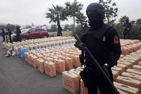 الـBCIJ يطيح بشبكة إجرامية عابرة للقارات و يحجز شاحنة محملة بطن من الكوكايين !