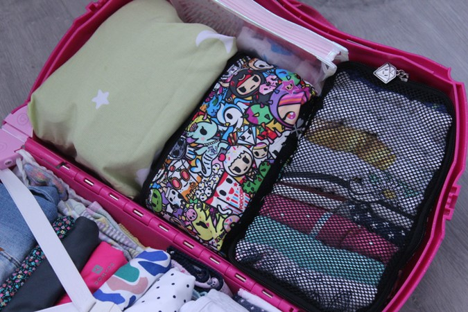 Como organizar una maleta infantil