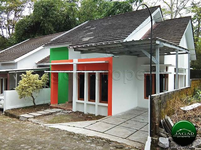 Rumah jalan Kaliurang Km 13 dekat UII