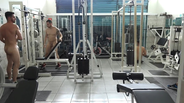 MuscleDom - Naked Gym