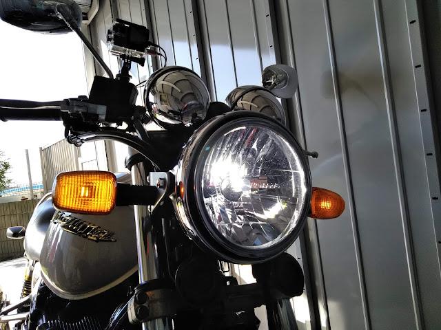 イナズマ400 ウインカーの写真