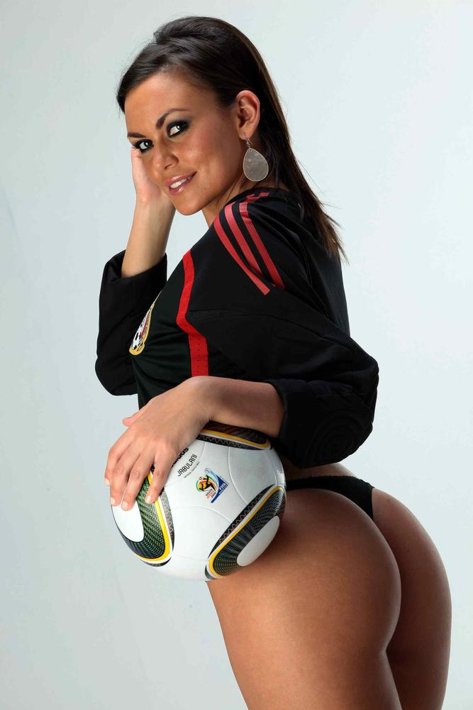 Hermosa chica mexicana bailando streptease - 5 1