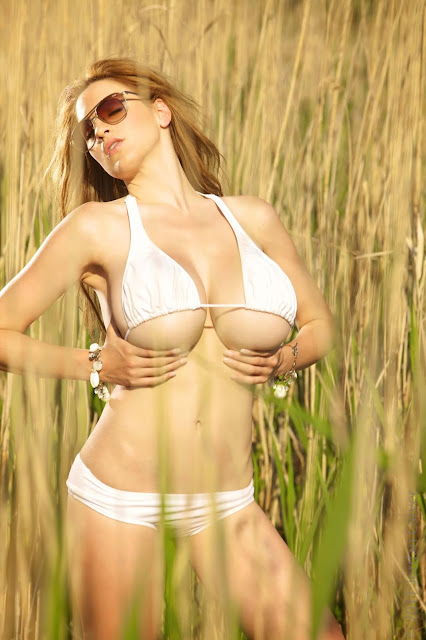 Hottest-Jordan-Carver-Lago-Sexy-Photoshoot-picture-12