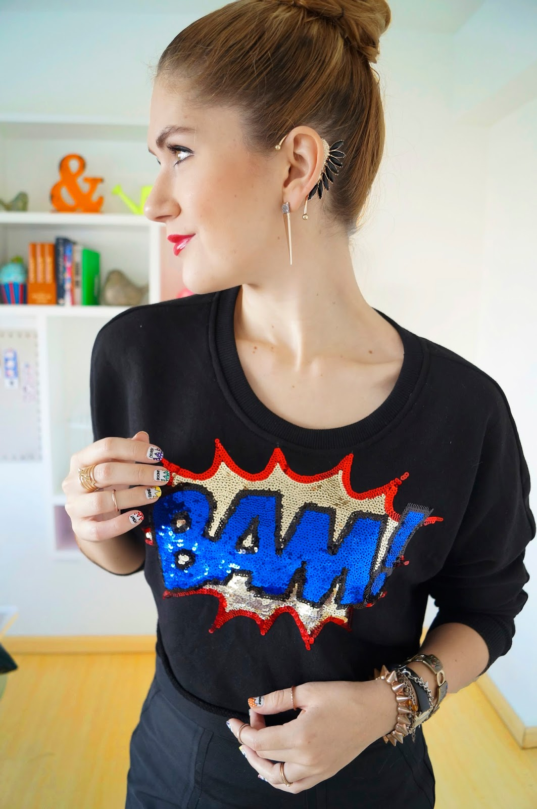 Pop Art Outfit, Pop Art Trend, Summer 2014 Trend, Fashion Blog, Trendy Outfit 2014, Forever 21 Sweater, Ear Cuff Outfit, Bun Hairstyle