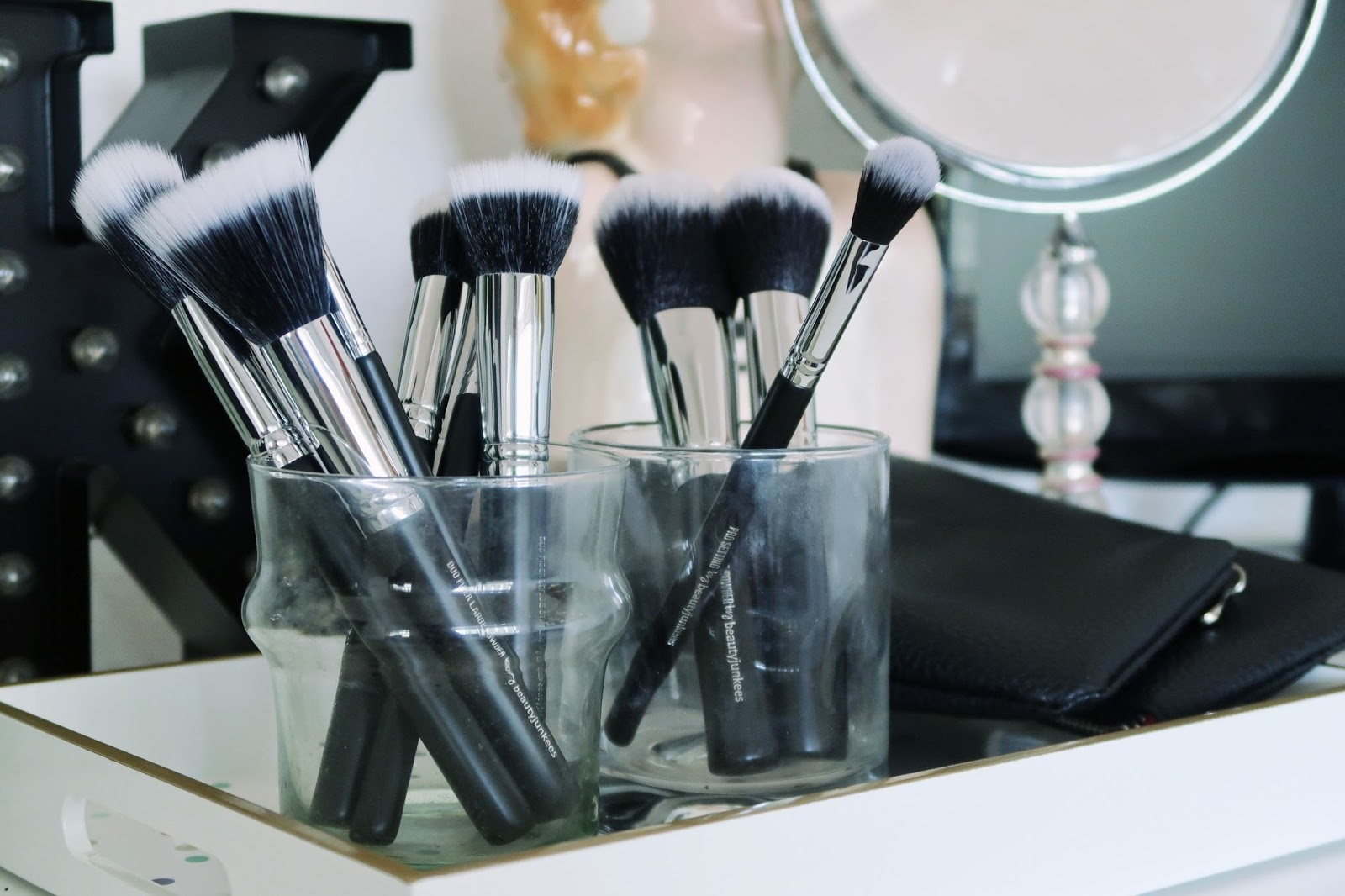 beauty junkees makeup brush review