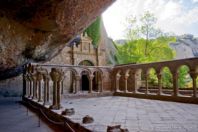 Monasterio de San Juan de la Peña, Claustro románico, por El Guisante Verde Project