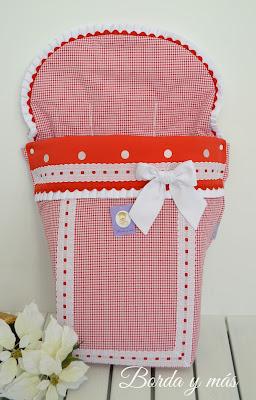 funda silla Bugaboo en vichy rojo