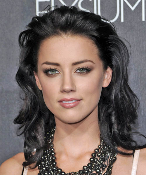 Amber Heard: Amber Heard Hairstyle And Hair Colours : Hottest Celebrity