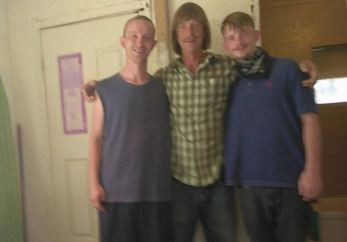 Buckey Wolfe [a destra] ha ucciso il fratello James [a sinistra]