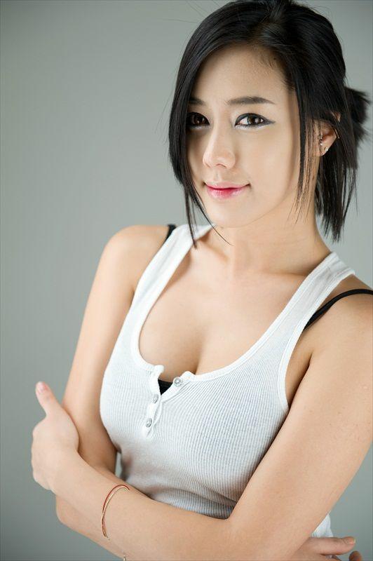kim ha yul sexy girl korea: Kim Ha Yul zacing queen - sexy