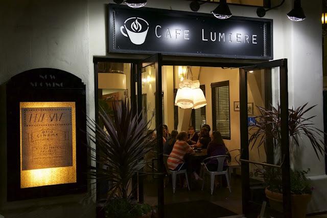 Café Lumiere em Monterey