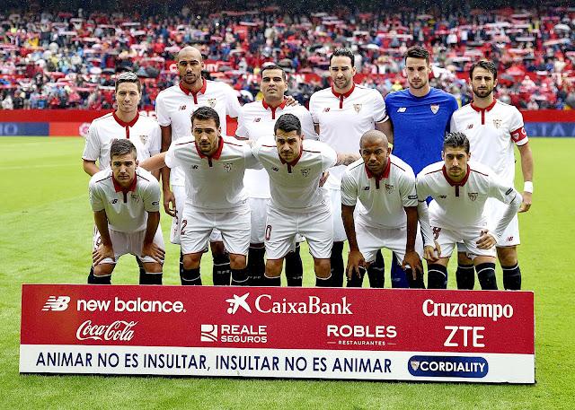 SEVILLA F. C. - Sevilla, España - Temporada 2016-17 - Nasri, N'Zonzi, Gabriel Mercado, Rami, Sergio Rico, Pareja; Vietto, Franco Vázquez, Vitolo, Mariano y Escudero. SEVILLA F. C. 1 (N'Zonzi) CLUB ATLÉTICO DE MADRID 0. 23/10/2016. Liga de 1ª División, jornada 9. Sevilla, estadio Ramón Sánchez Pizjuán.