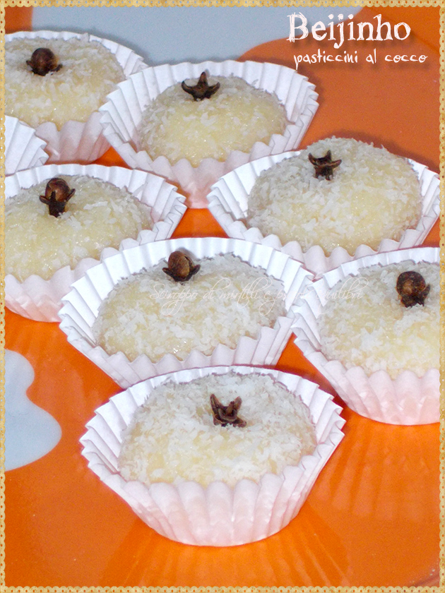 Beijinho pasticcini al cocco