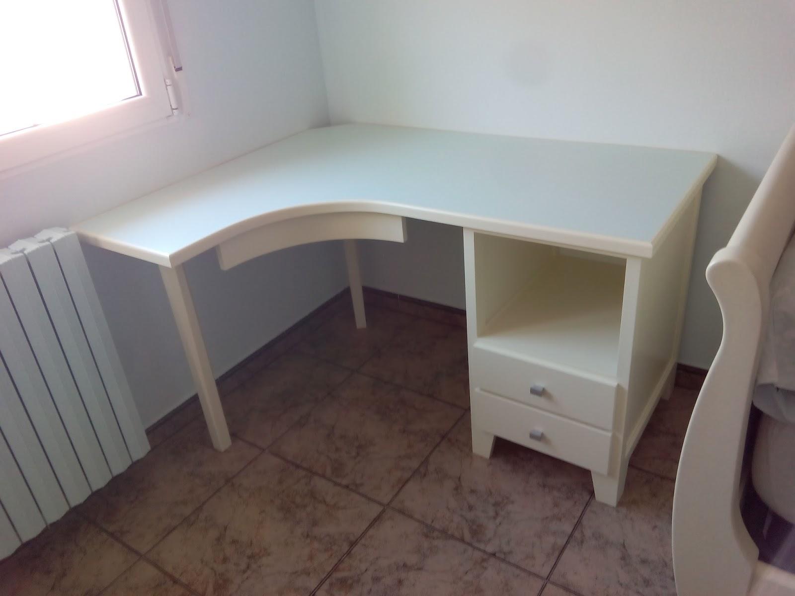 Mesa de escritorio a medida lacada en blanco muebles cansado zaragoza carpintero ebanista - Muebles a medida en zaragoza ...