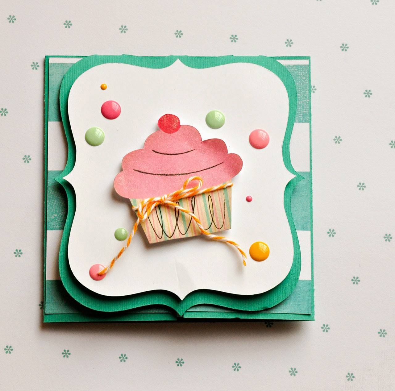 lorrie's story happy birthday card with cricut explore