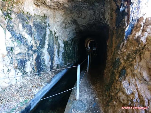 Inicio túnel, Nacimiento río Borosa, Pontones, Sierra de Cazorla, Jaén, Andalucía