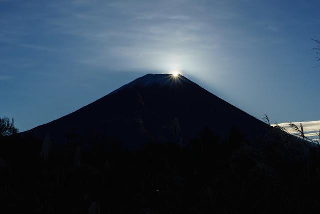 朝日のダイヤモンド富士~富士ヶ嶺(山梨)