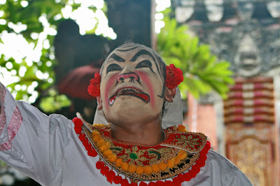 Barong Dance performance. Bali. Indonesia. Танцевальное представление Баронг. Бали. Индонезия.