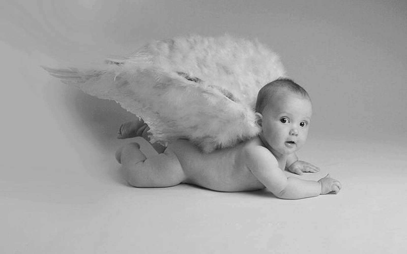 Wallpapers: Babies Black And White Wallpapers